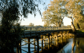 Bridge over the Murray River at Albury, NSW. 1989.