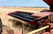 Harvesting equipment near Blyth in the mid north of South Australia. 1986.