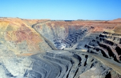 Open cut mining operations at the Paddington Gold Mine, near Kalgoorlie, WA. 1998.