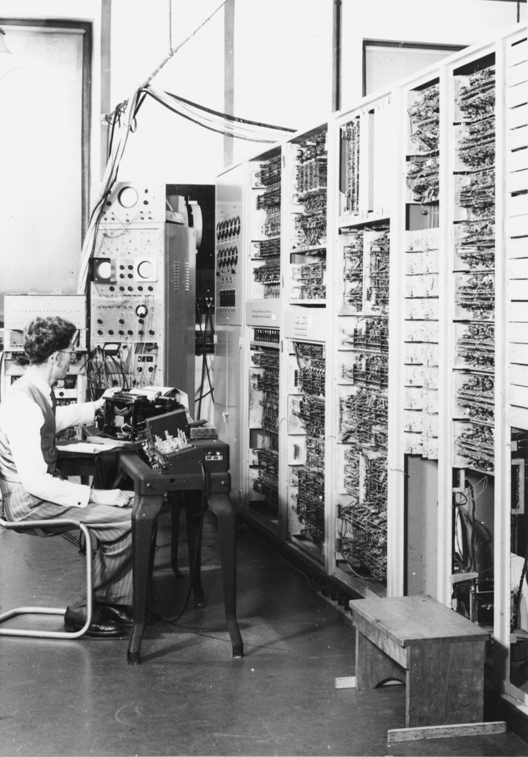 Trevor Pearcey operating the CSIR Mk1 Computer