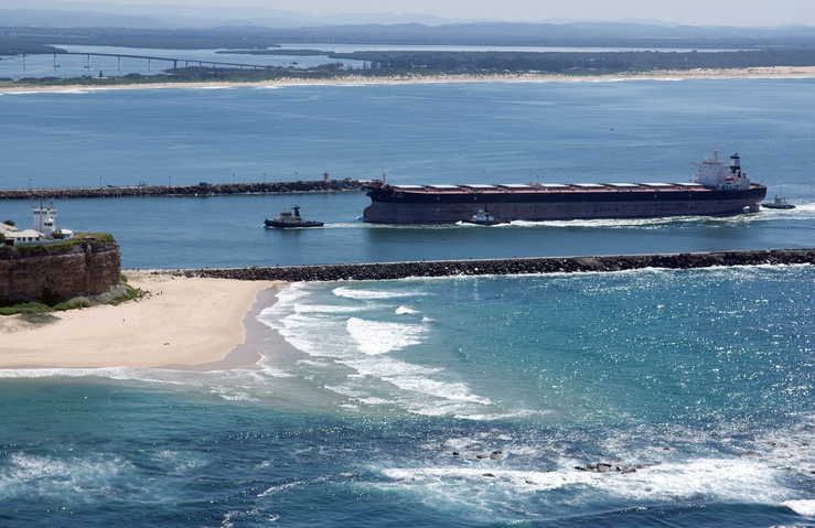 A bulk carrier entering Port Hunter, Newcastle, New South Wa...