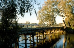 Bridge over the Murray River at Albury, NSW. 1989.