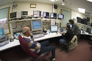 Astronomers in the control room of the CSIRO Parkes radio telescope