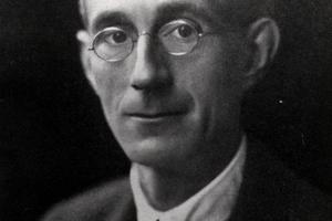 Robert J. Tillyard (1881-1937)