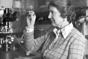 Rachel Makinson (1917- )