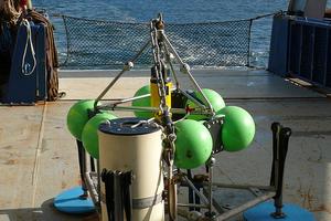 A 'lander' on the RV Southern Surveyor